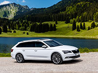Skoda_Superb_Combi_int