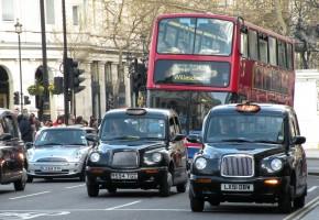 Los conductores españoles, prudentes al viajar por Europa
