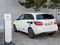 Mercedes aumentará la autonomía de sus eléctricos hasta los 500 km