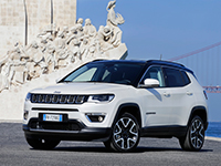 Jeep-Compass_int