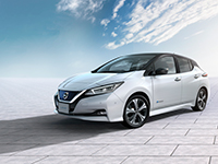 Nissan_Leaf_int