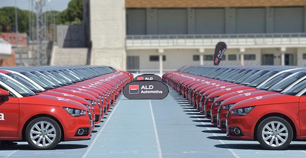 Plus Ultra Seguros recibe su nueva flota de vehículos corporativos