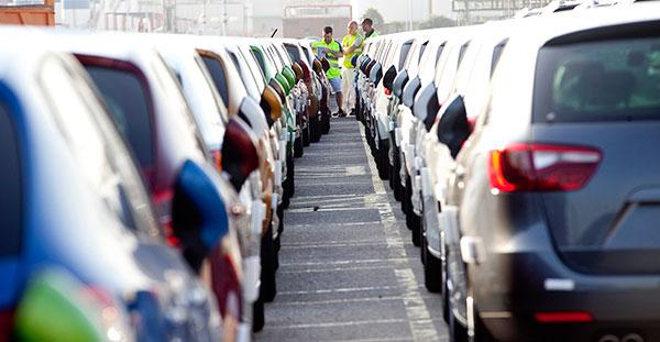 Las ventas de vehículos en España rozarán el millón en 2015