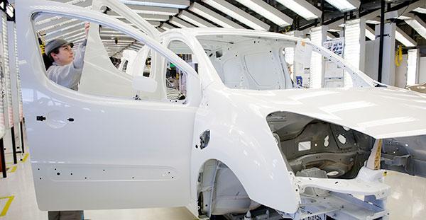 PSA Vigo fabricará en exclusiva las nuevas furgonetas de Citroën, Peugeot y Opel