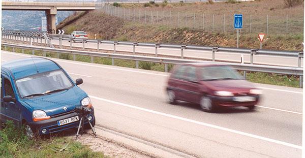La DGT hará visibles todos los radares en carretera
