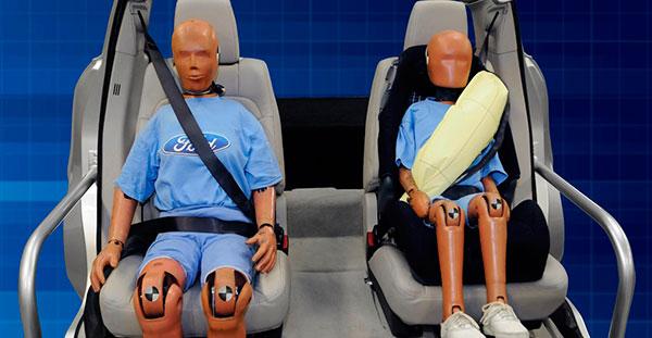 Encuesta sobre el uso del cinturón de seguridad trasero