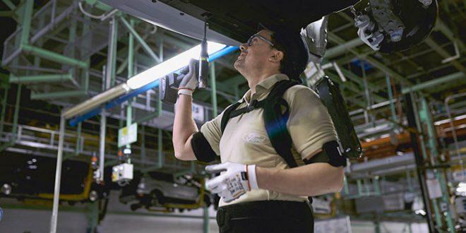 Ford estrena exoesqueletos en su planta de Almussafes