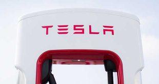 Tesla inaugura un supercargador en Cuenca