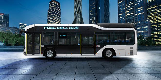 Toyota presenta un autobús con pila de hidrógeno