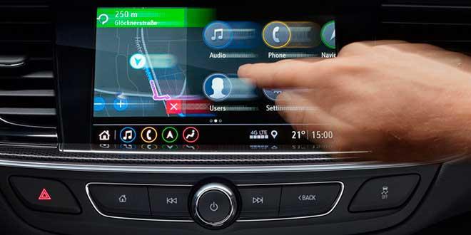 Opel estrena nuevos sistemas multimedia