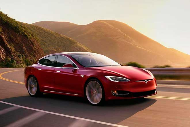 Diferencias entre un coche eléctrico y un híbrido