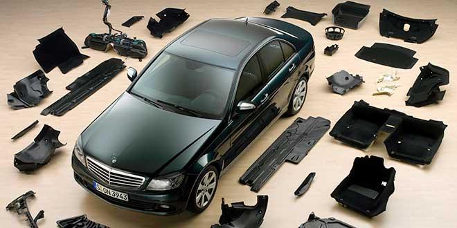 ¿Cuántas piezas distintas tiene un coche actual?