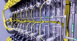 Daimler trabaja en materiales para sus baterías