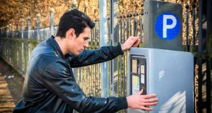 Los españoles dedican 12 euros al mes en parquímetros
