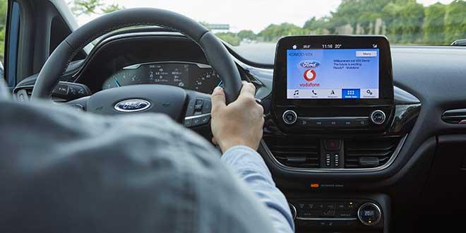 Ford desarrolla un sistema conectado para facilitar el aparcamiento