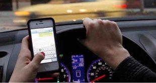 Crece en España el uso de las redes sociales al volante