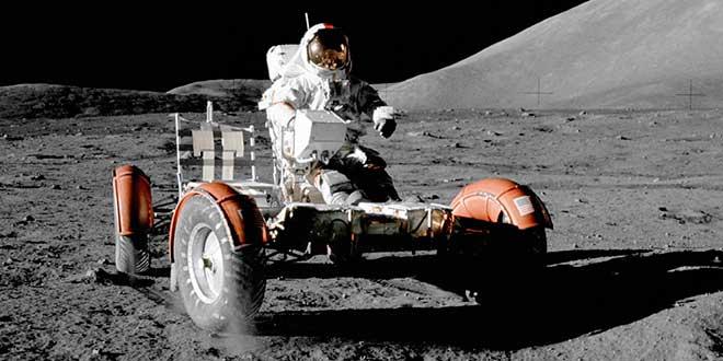 Vehículo en la Luna