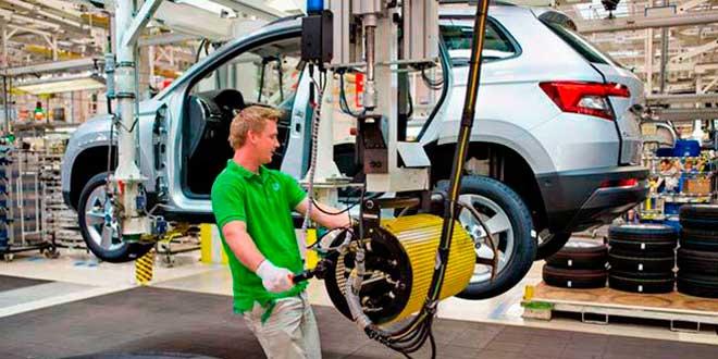 Skoda comienza a formar a su plantilla para la llegada del coche eléctrico