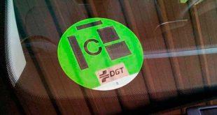 La DGT duplica el precio de las etiquetas medioambientales