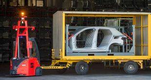 Los vehículos autónomos de transporte llegan a la planta de SEAT en Martorell
