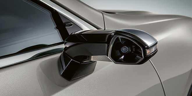Lexus incorpora retrovisores laterales digitales en su nuevo ES 300h