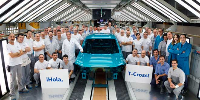 Volkswagen incorpora robots colaborativos en su planta de Navarra