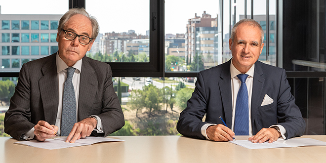 Firma acuerdo ALD y Caser
