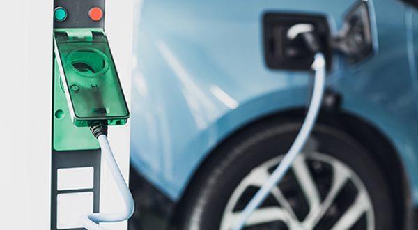 Las matriculaciones de vehículos electrificados y de gas crecen un 4% en junio