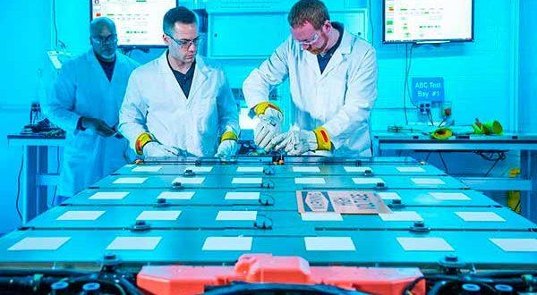 General Motors crea las primeras baterías inalámbricas del mercado