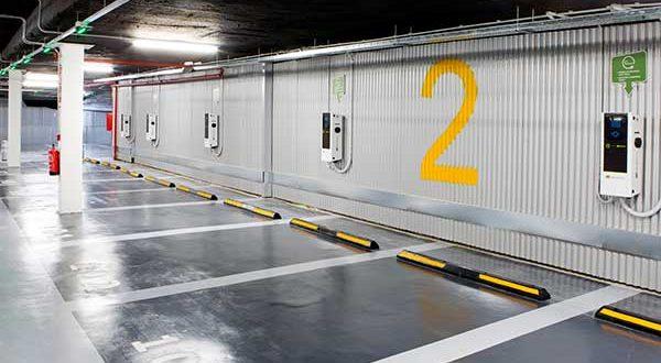 Inaugurado el primer parking con capacidad para electrificar todas sus plazas