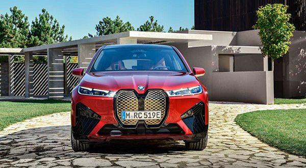 BMW anticipa el diseño del IX 2021, un nuevo SUV eléctrico de 500 CV