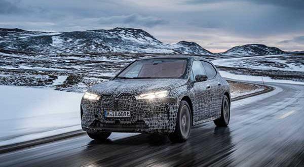 El BMW iX completa su último test de invierno