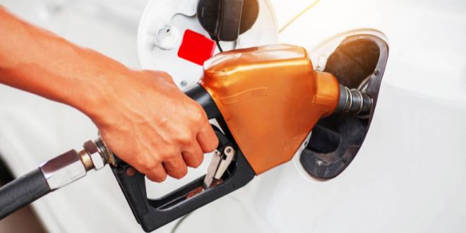 Consejos para ahorrar combustible en verano