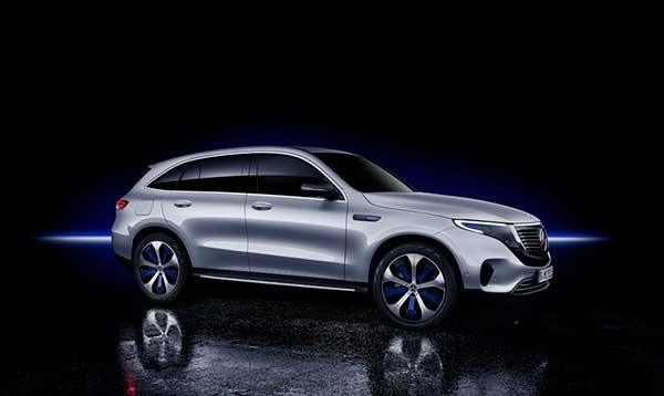 Mercedes-Benz EQC viajar